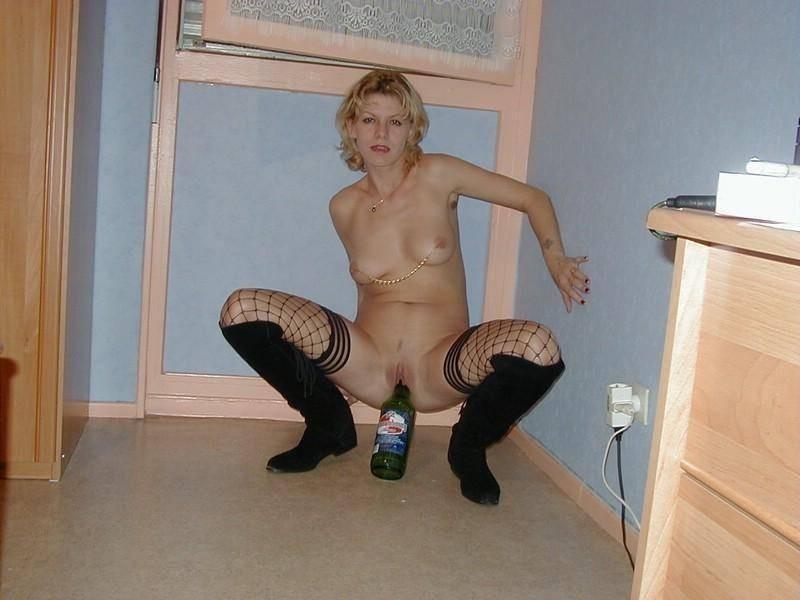 Смотреть Пьяные девахи забавляются онлайн