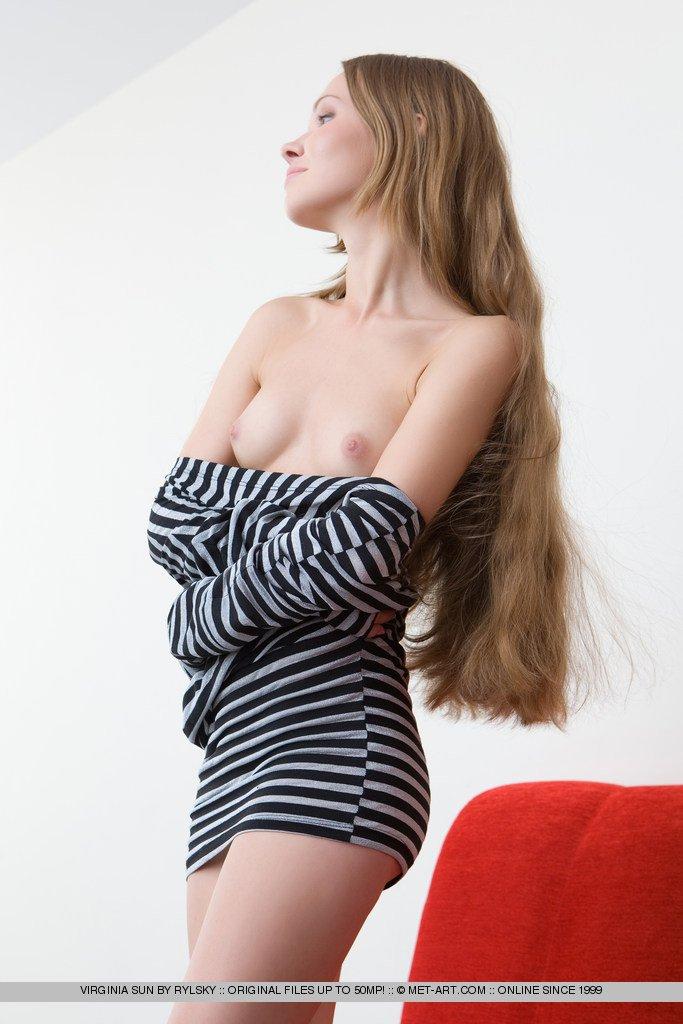 Смотреть длинноволосый онлайн