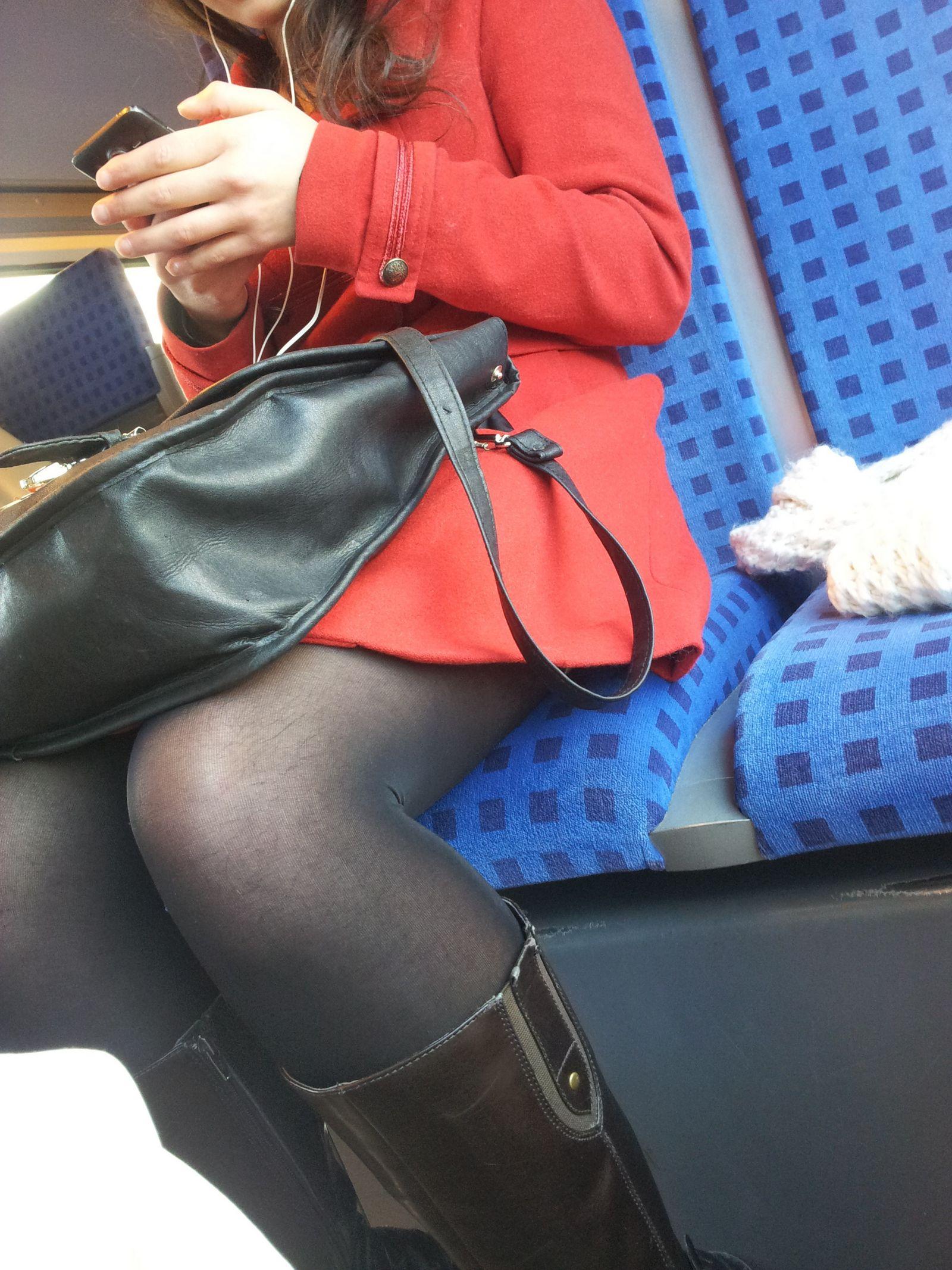 Смотреть Лохматые ножки иранки онлайн