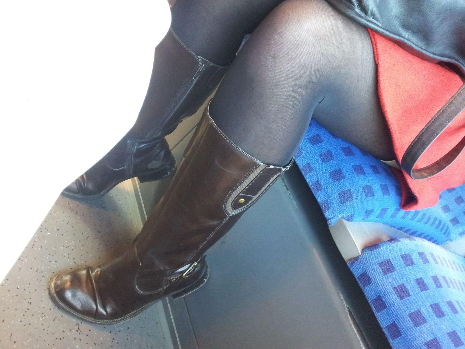 Смотреть Пушистые ножки онлайн